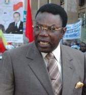 MBAYE JACQUES SERT UNE RÉPONSE SALÉE ET UNE SOMMATION INTERPELLATIVE AU PROMOTEUR DE LUTTE « Gaston Mbengue est un fieffé menteur ! »