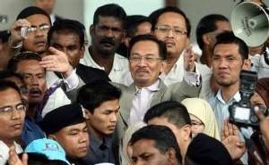 Malaisie: le chef de l'opposition accusé de Sodomie sur un des ses assistants âgé de 23 ans