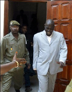 AFFAIRE AIDA MBODJ: Madiambal Diagne dénonce 'un acharnement contre sa personne'