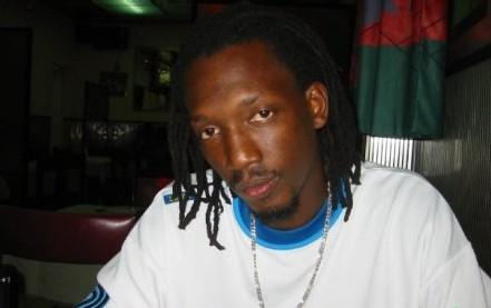 LE LEGENDAIRE DJ MAKHTAR (DAARA J): Toujours dans les mémoires et encore plus vivant grâce à sa nouvelle ligne de vêtement