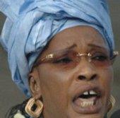 LES 100 MILLIONS DE Me WADE DIVISENT LES FEMMES DU PDS Awa Diop et Gnagna Touré s'accusent