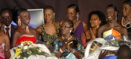 FINALE ELITE MODEL LOOK SENEGAL 2008: 50 candidates  vont rivaliser de charme pour succéder à Khadiatou Gaye et Awa Diaw samedi