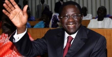 AU MOMENT OU LES SENEGALAIS TRINQUENT : Des prêts bancaires de 15 millions accordés aux Sénateurs