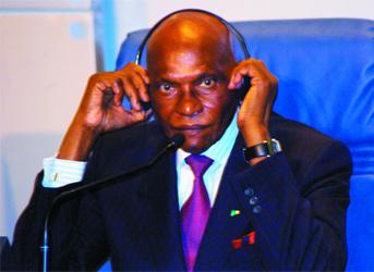 Le Président Abdoulaye Wade au journal espagnol Pùblico : «La loi française est allée trop loin»