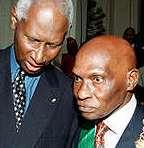 LES COMPLIMENTS DE WADE A DIOUF ''La Francophonie est devenue visible grâce à des personnalités comme Abdou Diouf''
