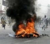 DEGUERPISSEMENT A COLOBANE: 3 jours sinon. ce sera encore l'Intifada