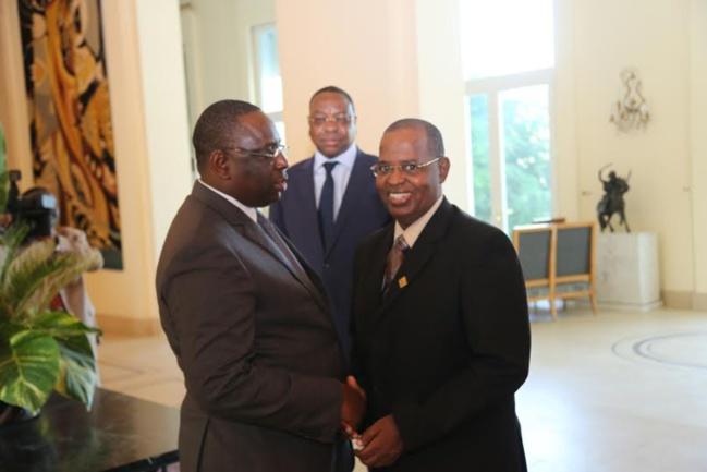 Macky sacrifie le fils de feu Ousmane Masseck Ndiaye et offre 500 millions à Sidy Lamine