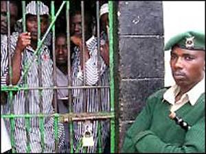 Kenya: Neuf gardiens de prison condamnés à la pendaison