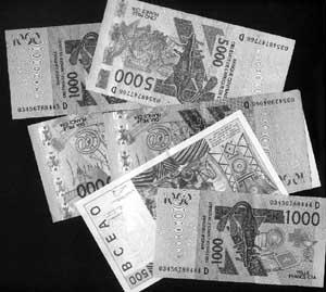 Kolda : 400.000 de FCFA en anciennes coupures dormaient depuis quatre ans dans la poche de l'émigré