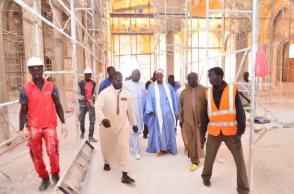 Serigne Bass Abdou Khadre visite les chantiers de la mosquée Massalikoul Jinane