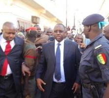 Entendu à la police : Le passeport de Macky Sall confisqué