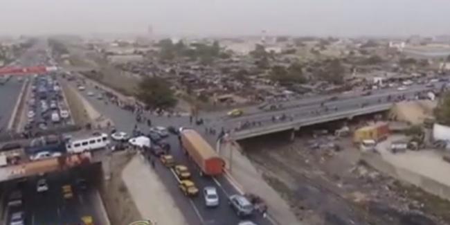 VIDEO - Arrestation spectaculaire d'un camion de « Yamba » par la gendarmérie sur l'autoroute