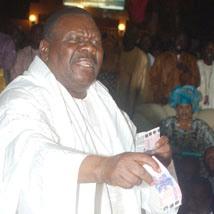 MAGAL CHEZ BETHIO THIOUNE: Le Cheikh célèbre 17 mariages
