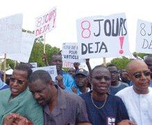 LE JOURNALISTE DOIT-IL FRÉQUENTER LES HOMMES POLITIQUES : Les liaisons dangereuses