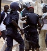 DAKAR INSALUBRE: La police traque les éboueurs en grève