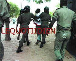 Pour la sauvegarde et la réhabilitation du Stade Assane Diouf : Premier affrontement entre forces de l'ordre et manifestants
