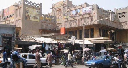 Après le meurtre d'un des leurs : Les commerçants chinois baissent les rideaux pour trois jours