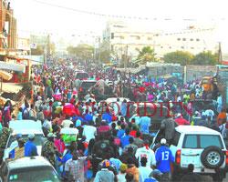 Tournée «économique» du président dans la banlieue : Wade échappe au lynchage à Yeumbeul