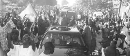 VISITE MOUVEMENTÉE DE WADE A YEUMBEUL: La tête de liste des «Verts» reçoit un coup de sabre aux fesses