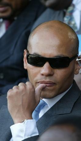 APRES SES DECONVENUES AU FOUTA: Karim Wade caillassé et hué à Thiès