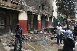 INCENDIE DE TROIS MAGASINS A SANDAGA: Des guinéens perdent des millions à cause d'un court-circuit