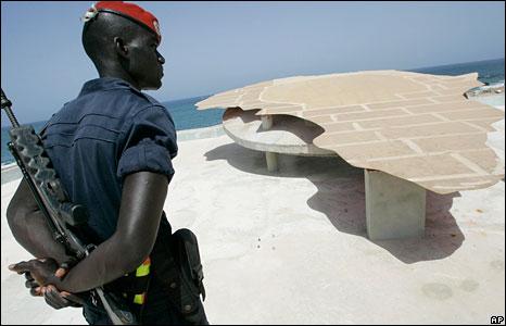 SENEGAL: Histoire des 21 coups de canon