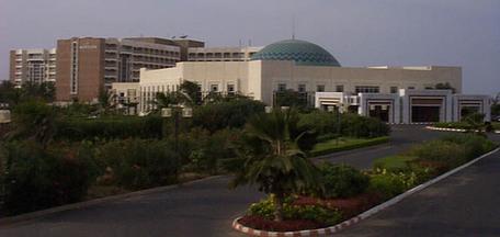 Bradage tous azimuts des bijoux de famille: La Libye fait main-basse sur le Méridien-Président