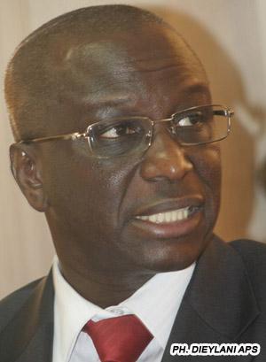 """Mamadou Aïdara Diop : """"Si un ministre de l'Economie et des Finances n'arrive pas à décrocher une modique somme de 200 milliards avec sa signature..."""""""