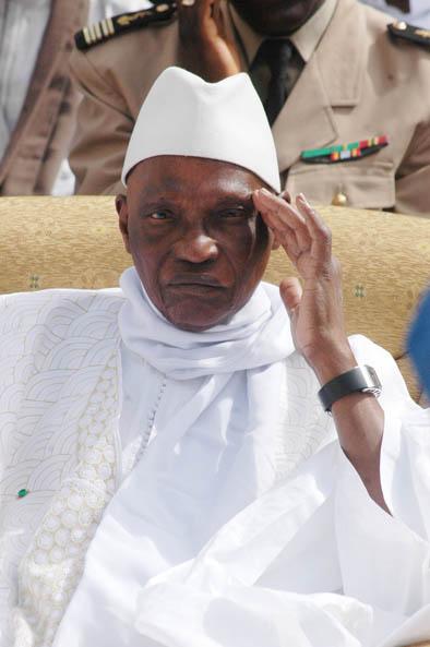 SENEGAL: Le président Wade appelle à l'organisation des élections de représentativité avant fin 2009