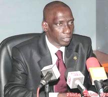 PASSATION DE SERVICE AU MINISTERE DU COMMERCE Decroix règle ses comptes avec Landing