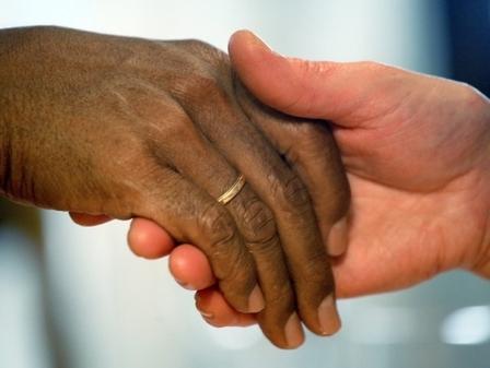France : Poursuivie pour s'être fiancée à un sans-papiers
