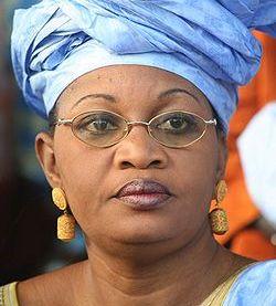 QUAND L'EGERIE DE BAMBEY CLAQUE LA PORTE DU GOUVERNEMENT: Et si Aida Mbodji avait défié le président Wade ?