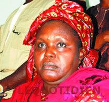 VOTE DE LA PRPOSITION DE LOI INSTITUANT LA VICE-PRESIDENCE: Fatou Youssouf Aïdara demande à l'armée de prendre le pouvoir après Wade