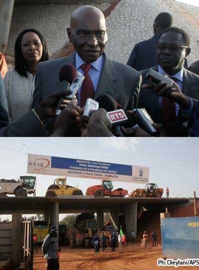 SENEGAL: Abdoulaye Wade ''impressionné'' de voir se réaliser l'autoroute à péage