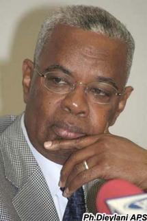 DJIBO LEITY KA A ROBERT SAGNA : « JE SUIS DANS LA MOUVANCE PRÉSIDENTIELLE ET J'ENTENDS Y DEMEURER »