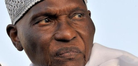 DIABOLISATION DE LA COUR PENALE INTERNATIONALE PAR LE GOUVERNEMENT SENEGALAIS: La société civile flingue Wade et son régime