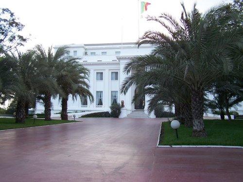 ARRESTATION DE DEUX CHAUFFEURS DU PALAIS PRIS EN FLAGRANT DELIT DE VOL DE VEHICULES: La Présidence de la République porte plainte
