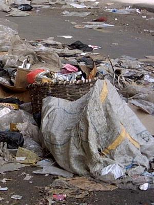 INSALUBRITÉ À KAOLACK : L'armée s'implique dans le ramassage des ordures