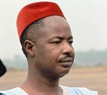 La dépouille du premier president camerounais Ahmadou Ahidjo quittera le Sénégal en mars 2010