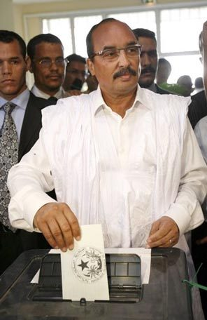 UN AN APRES SON COUP D'ETAT EN MAURITANIE : Le général Mohamed Ould Abdel Aziz investi président