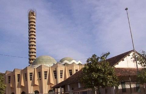 TRANSPORT URBAIN : Les vélos-taxis à l'assaut de la cité religieuse