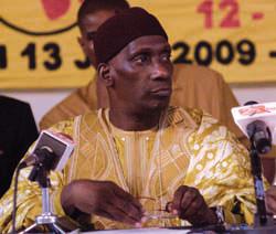 MAMADOU DIOP «DECROIX» AUX MILITANTS FOLLISTES DU FOULADOU: «Il n'y avait pas une grande démocratie avec Senghor»