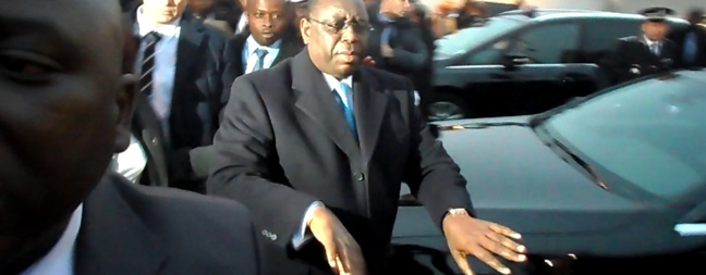 Edito : L'opposition neutralisée, Macky seul face au peuple