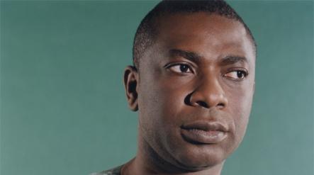 Délestages ou manque de signal : Youssou Ndour menace et prend son micro