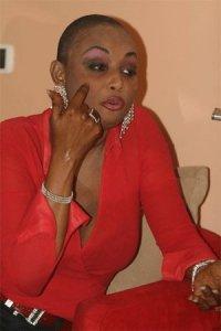 Fabienne Félio porte plainte contre X à la gendarmerie de Ouakam