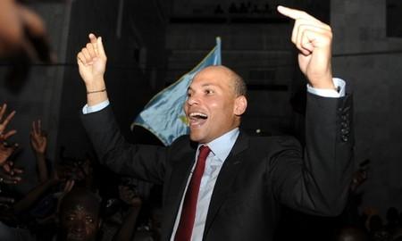 Déjà en campagne électorale : Karim Wade tresse des lauriers à son père