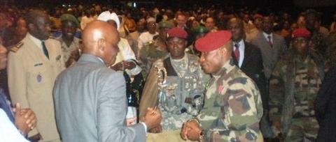 """WADE A L'UNION AFRICAINE : """" Il faut aider Dadis à sortir du guêpier """""""