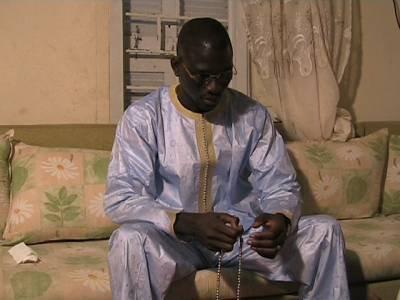 SACCAGE DES LOCAUX DU GROUPE WAL FADJRI : Mame Thierno Birahim entendu pendant près de huit heures • Le marabout convoqué à nouveau ce matin