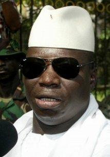 L'avion de Jammeh prend feu au départ pour Paris