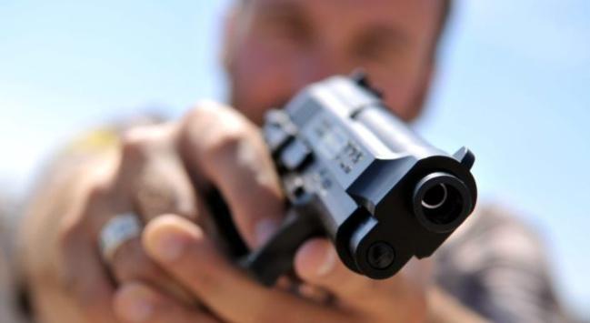PANIQUE AU TERMINUS DES BUS DE LA LIGNE 58: Un individu brandit un pistolet en plein jour et menace un chauffeur Tata